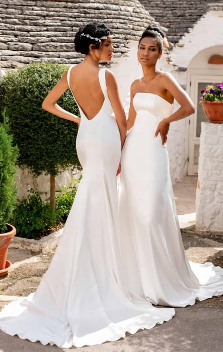 Fit & Flare wedding dresses for the petite bride